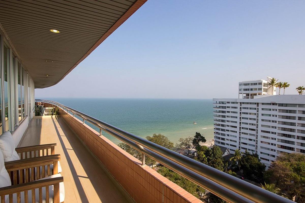 Luxury Sea View Condo
