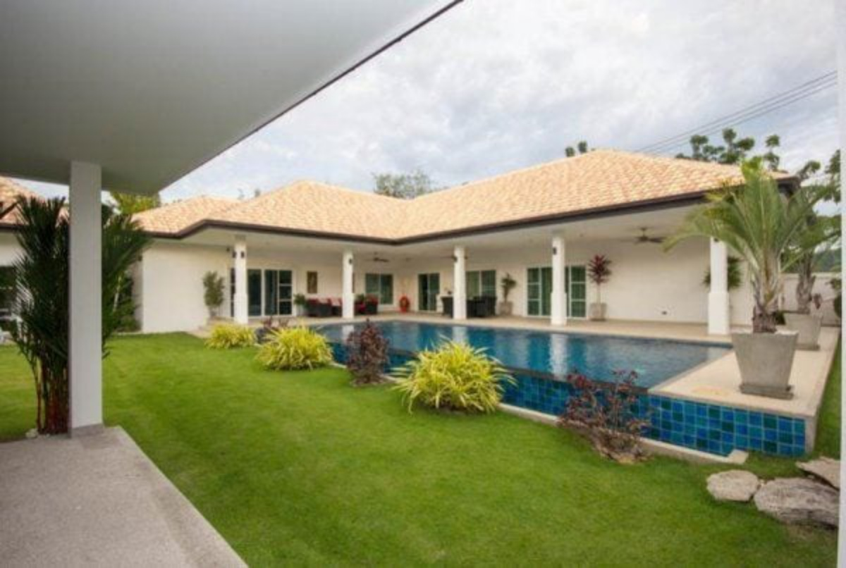 Luxury 4 Bed Pool Villa
