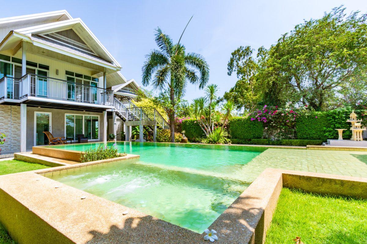 Modern Pool Villa Hua Hin