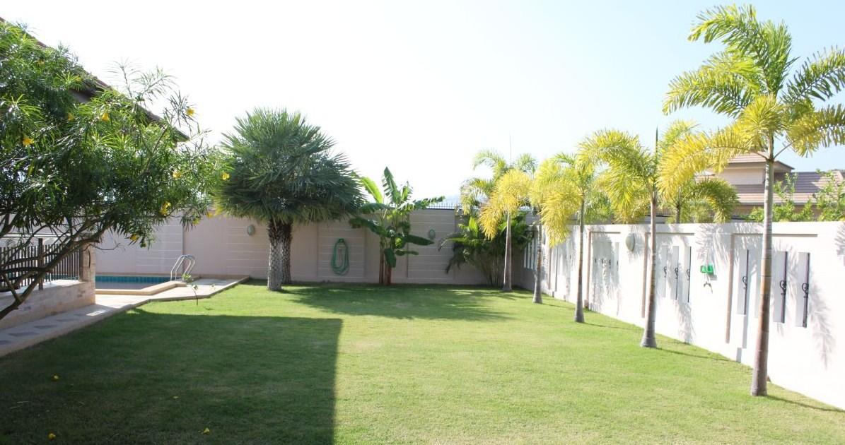 IMG_1061-A1-Garden