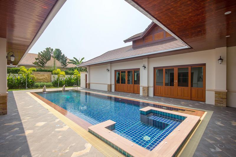 Beautiful Bali Style Villa