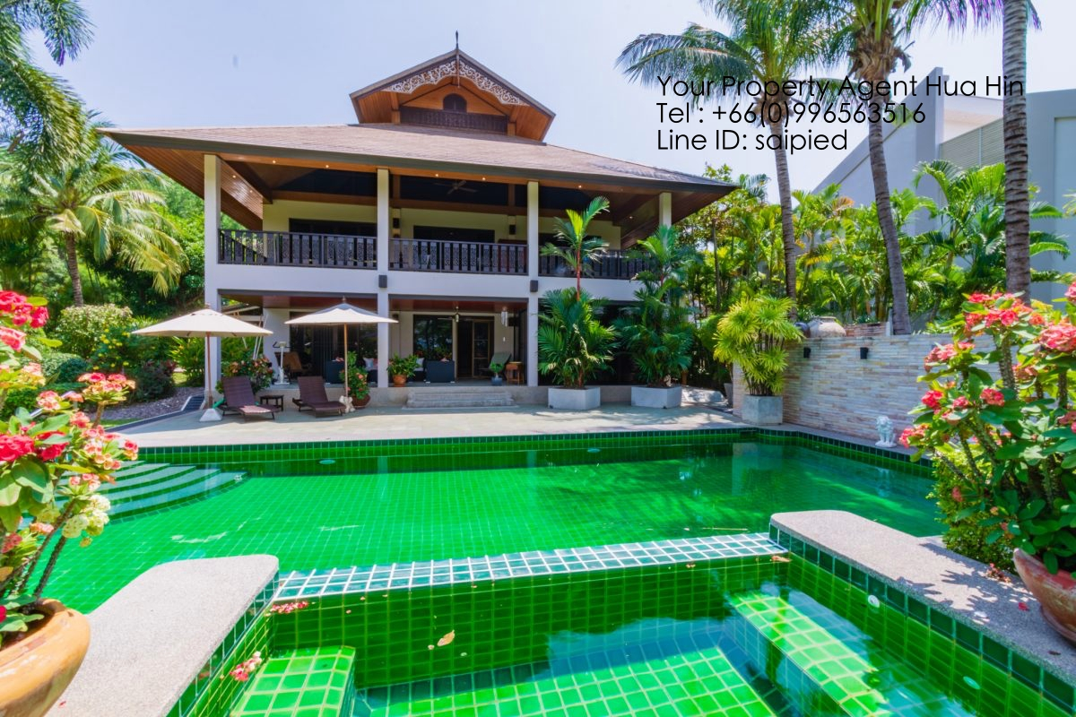 Villa on Golf Course Hua Hin