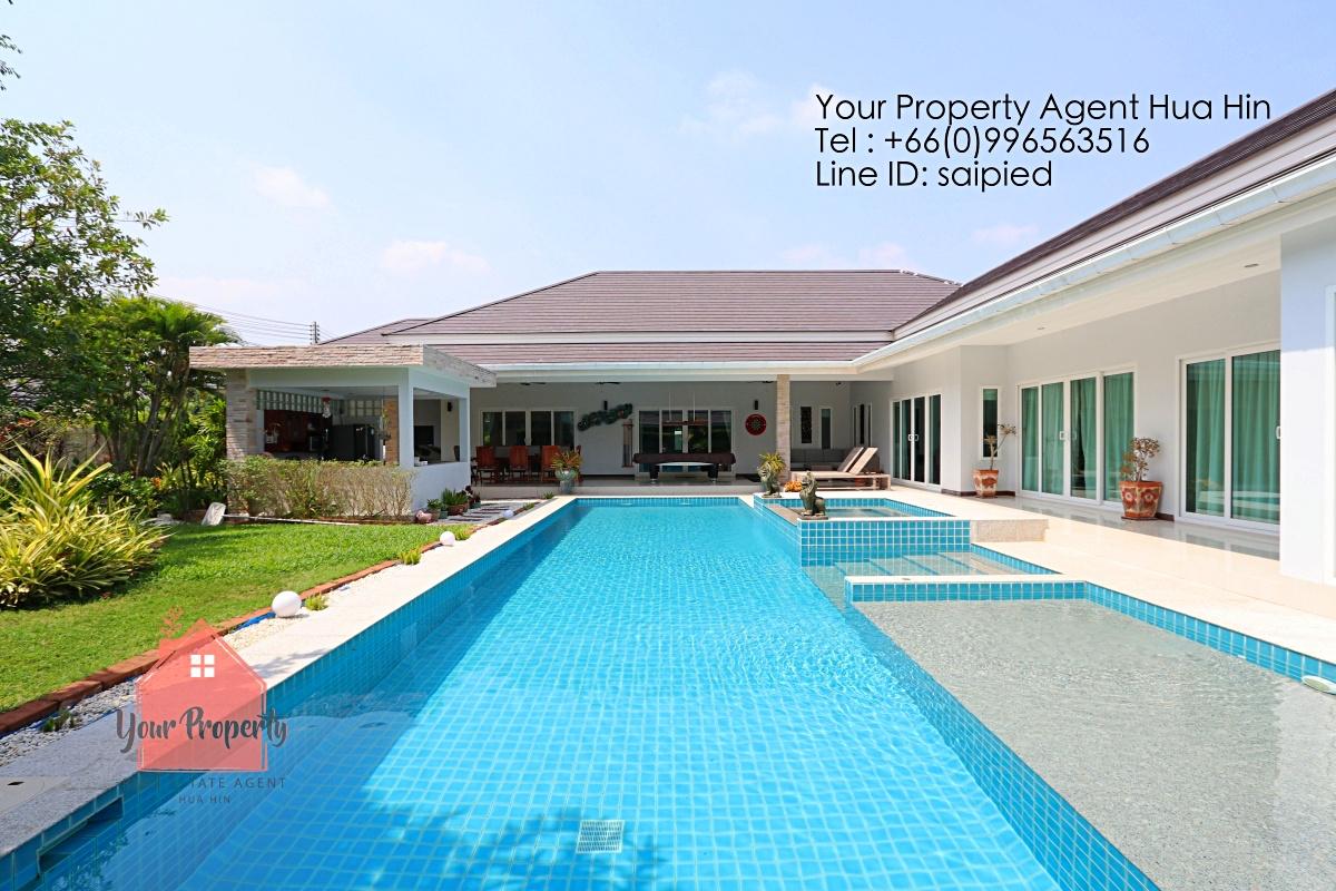5 Bedrooms Villa Hua Hin