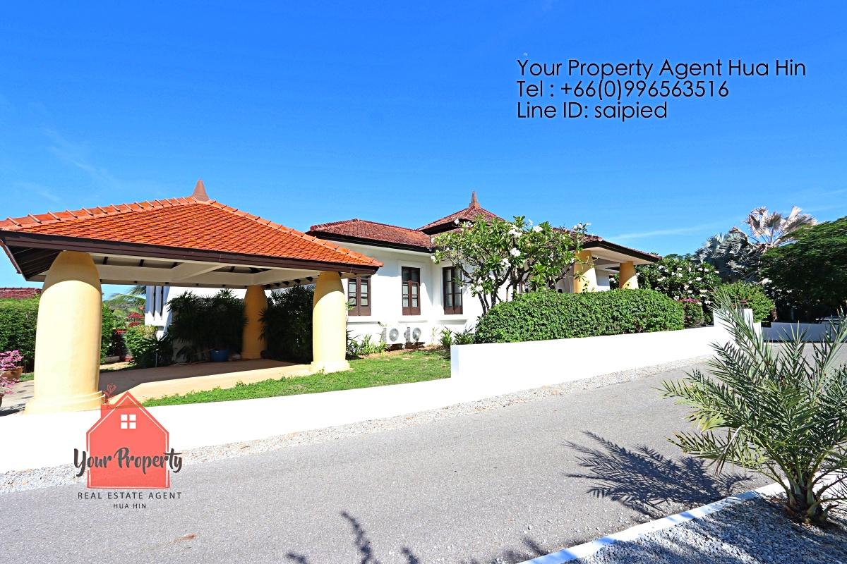 Bali 4 Bedrooms Villa for Rent