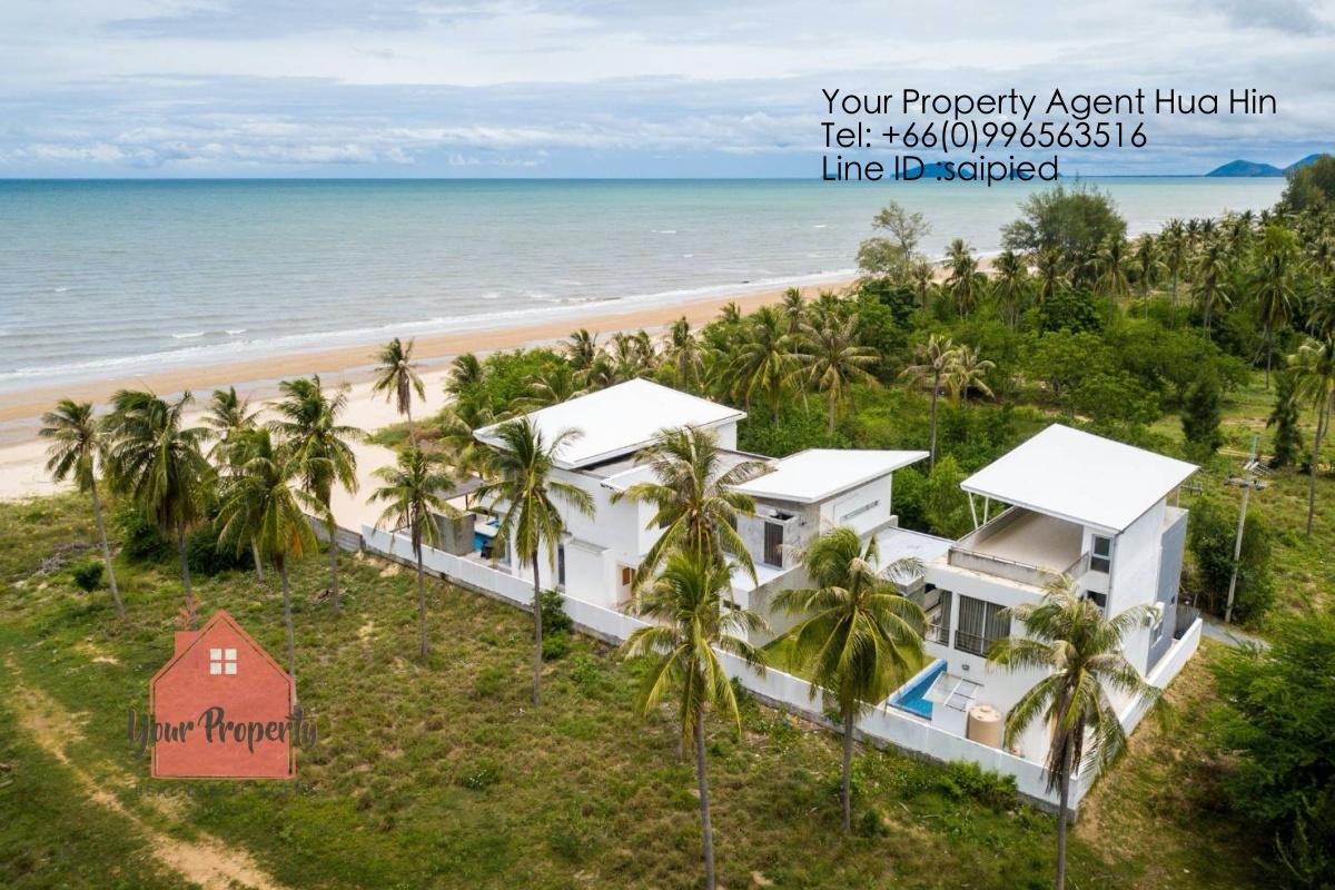 Beachfront Modern Villa Kui buri